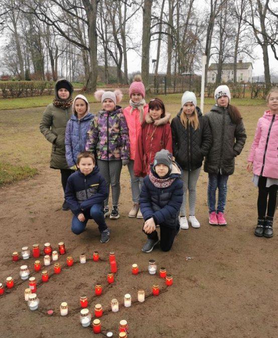 Mazzalvē svin Latvijas svētkus